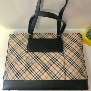 66a5d3d130e8 Burberry Bags - Authentic Burberry Cream Tan Black Tote Bag